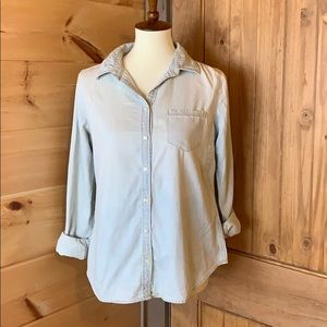 J.C. Penney lightwash chambray shirt Size PM NWT